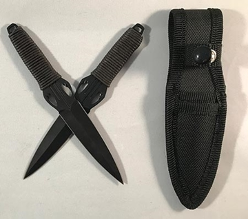 Picture of Sneak Attack Two Piece Throwing Knife Set